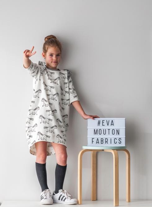 Cocoon dress_Eva Mouton_Bambiblauw_0524_low