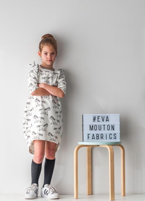 Cocoon dress_Eva Mouton_Bambiblauw_0535_low
