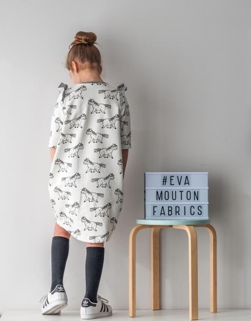 Cocoon dress_Eva Mouton_Bambiblauw_0538_low